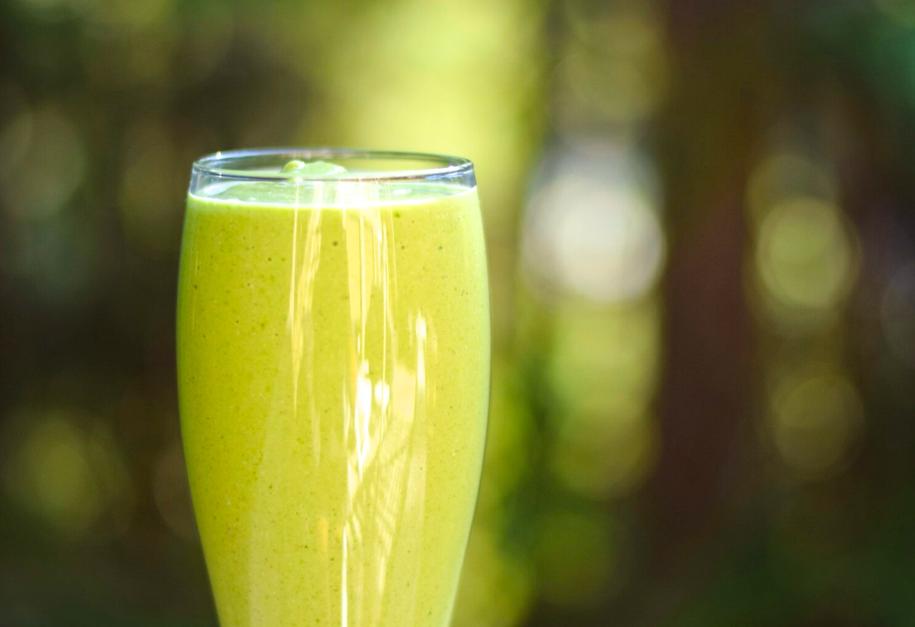 kale+cilantro-smoothie